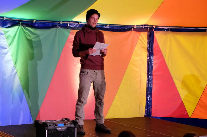 Poetry-Slam auf dem Aufstand - Foto: NAJU BW